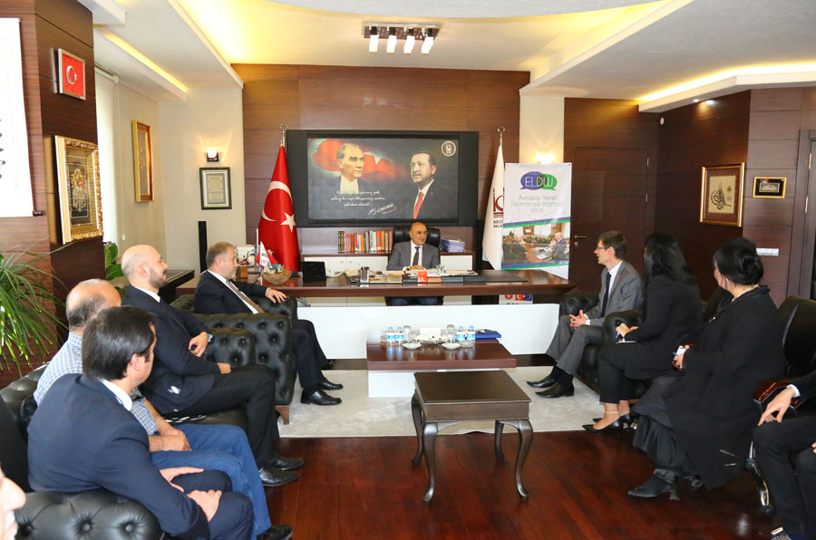 ALTINOK: WE WISH SYRIANS TO LIVE SAFELY IN THEIR COUNTRIES