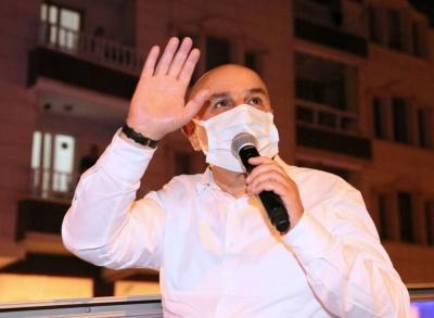 Başkan Altınok otobüse çıktı, 51 mahallede koronavirüs uyarısı yaptı