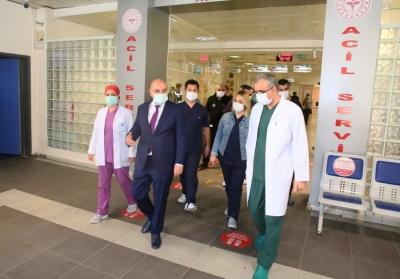 Başkan Altınok'tan sağlık çalışanlarına destek ziyareti
