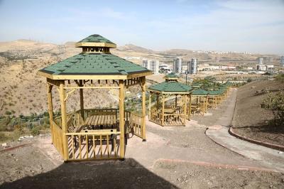 Keçiören Belediyesi Kartaltepe'nin piknikçi kapasitesini artırdı