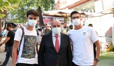 Keçiören Belediyesi öğrencileri konaklatmaya başladı