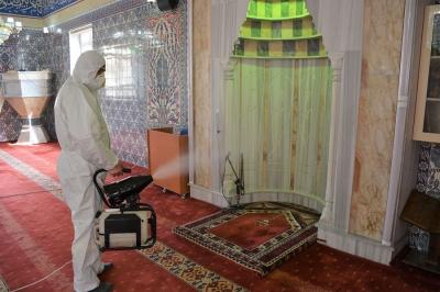 Keçiören'de 52 cami dezenfekte edilerek ibadete hazırlandı