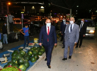 """Keçiören'de """"Organik Köylü Pazarı"""" gelir kapısı oldu"""