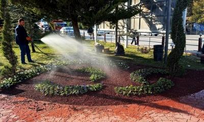Keçiören'in parkları kışa hazırlanıyor