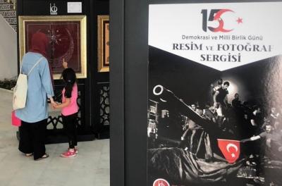 15 TEMMUZ'U HAT, TEZHİPLE ANLATTILAR