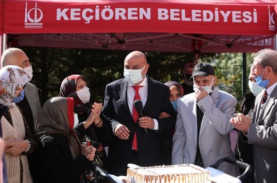 Başkan Altınok Yaşlılar Gününü huzurevinde kutladı