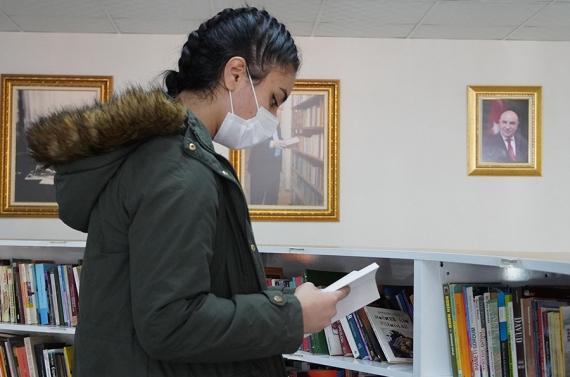 Fatih Kütüphanesi hizmete başladı