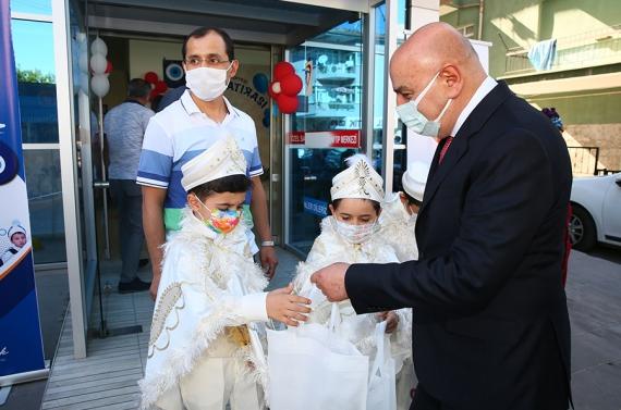 Keçiören'de toplu sünnet tamamlandı, bin 300 çocuk sünnet edildi