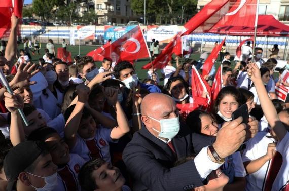 Keçiören'deki Yaz Spor Okulları'ndan 3 bin öğrenci faydalandı