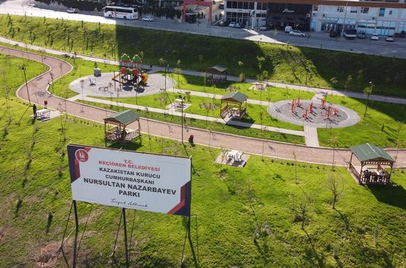 Nursultan Nazarbayev Parkı'nın yapımı tamamlandı