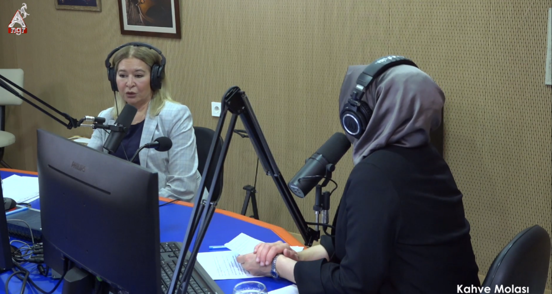 Kübra Erdem  İle Kahve Molası-Prof.Dr. Hale Şıvgın